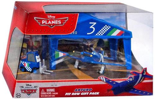 Disney Planes Pit Row Gift Pack Arturo Diecast Plane Set