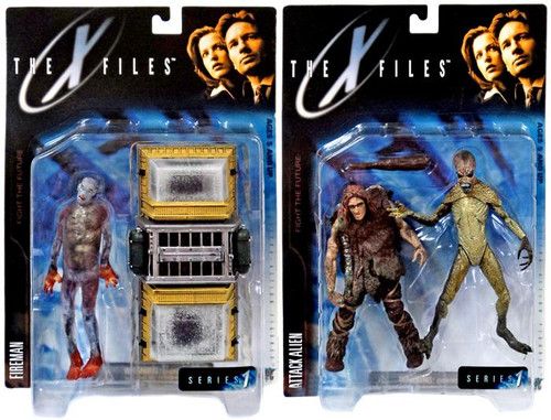McFarlane Toys The X-Files Fight the Future Fireman & Attack Alien Action Figure Set