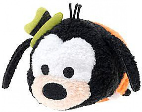 Disney Tsum Tsum Mickey & Friends Goofy Exclusive 3.5-Inch Mini Plush