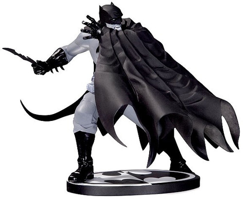 Black & White Batman 6.8-Inch Statue [Dave Johnson]