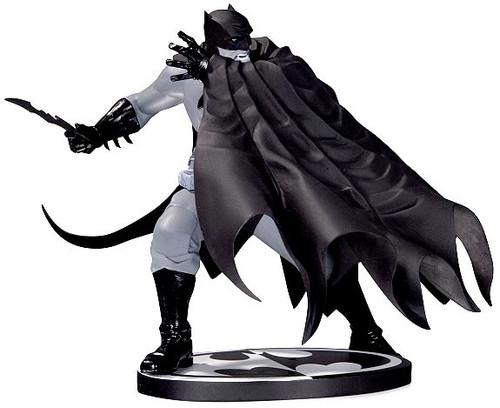 Black & White Batman 6.8-Inch Statue [Dave Johnson]
