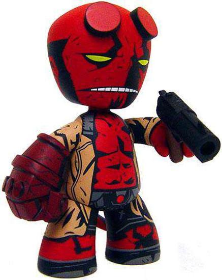 Mez-Itz Hellboy Exclusive Vinyl Figure
