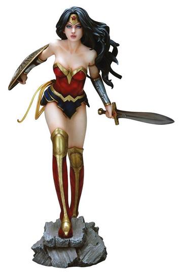 DC Fantasy Figure Wonder Woman Statue