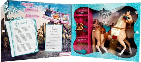 Saddle Stars Skye Figure Playset