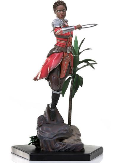 Marvel Black Panther Nakia Battle Diorama Statue