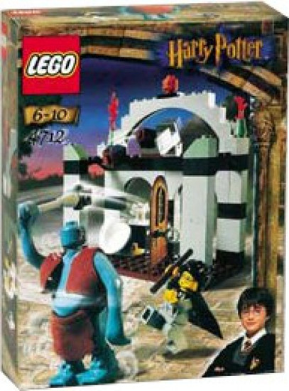 LEGO Harry Potter The Sorcerer's Stone Troll on the Loose Set #4712