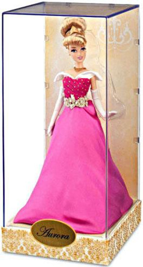 Disney Princess Sleeping Beauty Designer Collection Aurora Exclusive 11.5-Inch Doll