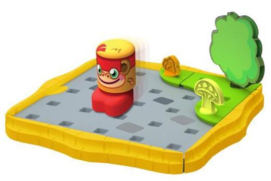 Moshi Monsters Bobble Bots Cobblestone Corner with Chop Chop Starter Set [250 Rox]