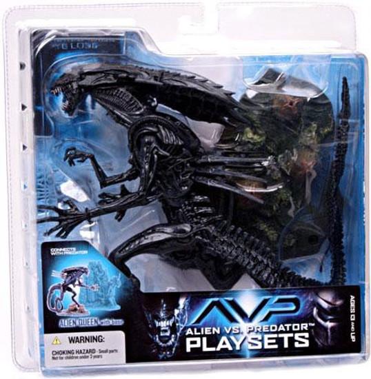 McFarlane Toys Alien vs Predator Alien vs. Predator Movie Playsets Alien Queen Action Figure Set