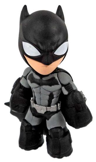 Funko DC Arkham Mystery Minis Batman 2.5-Inch 1/12 Mystery Minifigure [Arkham Origins Loose]