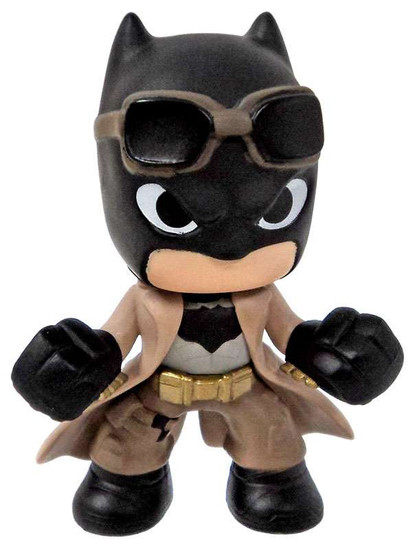 Funko DC Batman v Superman Knightmare Batman 2.5-Inch 1/12 Mystery Minifigure [Loose]