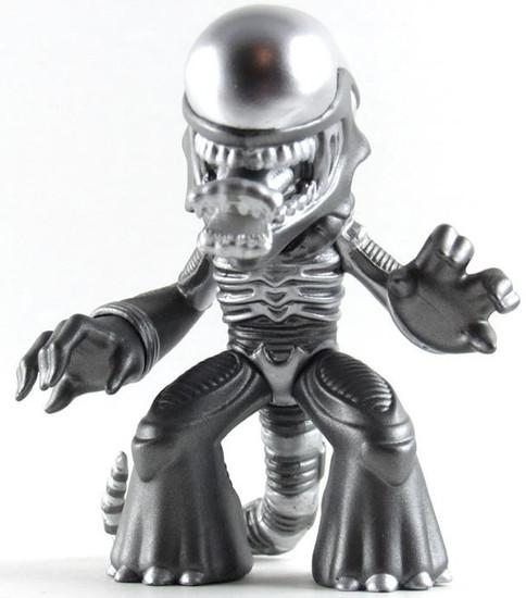 Funko Sci-Fi Mystery Minis Series 1 Metallic Alien Xenomorph 1/24 Mystery Minifigure [Loose]