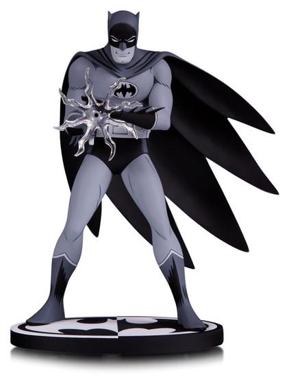 Black & White Batman 7-Inch Statue [Jiro Kuwata]