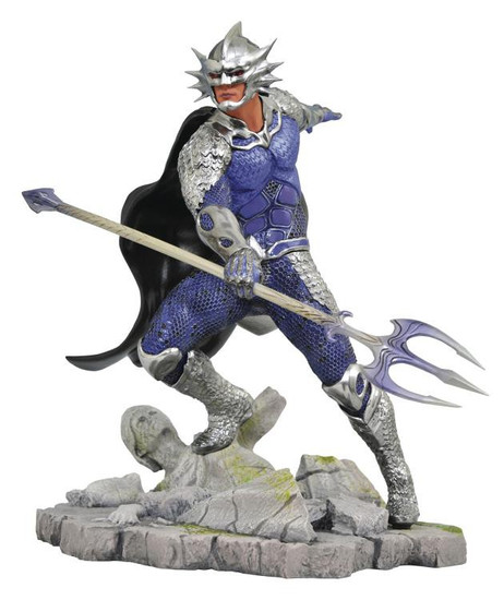 Aquaman DC Gallery Ocean Master 9-Inch Collectible PVC Statue