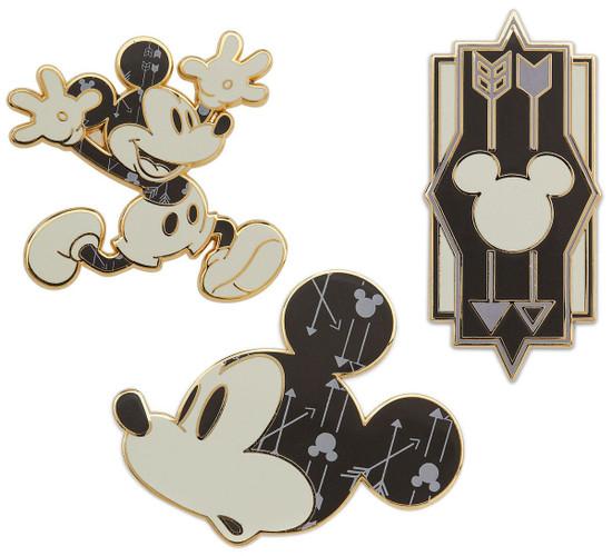 Disney Mickey Mouse Memories Mickey Mouse Exclusive Pin Set #11/12 [November]