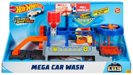 Hot Wheels City Mega Car Wash Diecast Car Playset