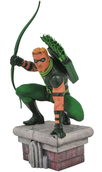 DC Gallery Green Arrow 8-Inch Collectible PVC Statue