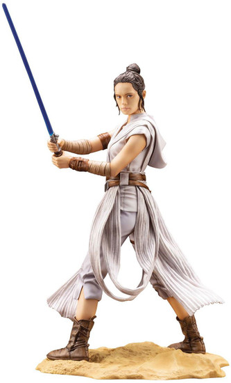Star Wars The Rise of Skywalker ArtFX Rey 11-Inch Multi-Pose Statue