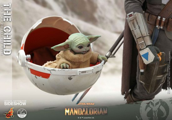 Star Wars The Mandalorian Quarter Scale The Child Collectible Figure (Pre-Order ships April)