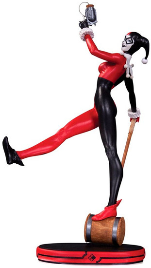 DC Cover Girls Harley Quinn 10.5-Inch Statue [Version 3]
