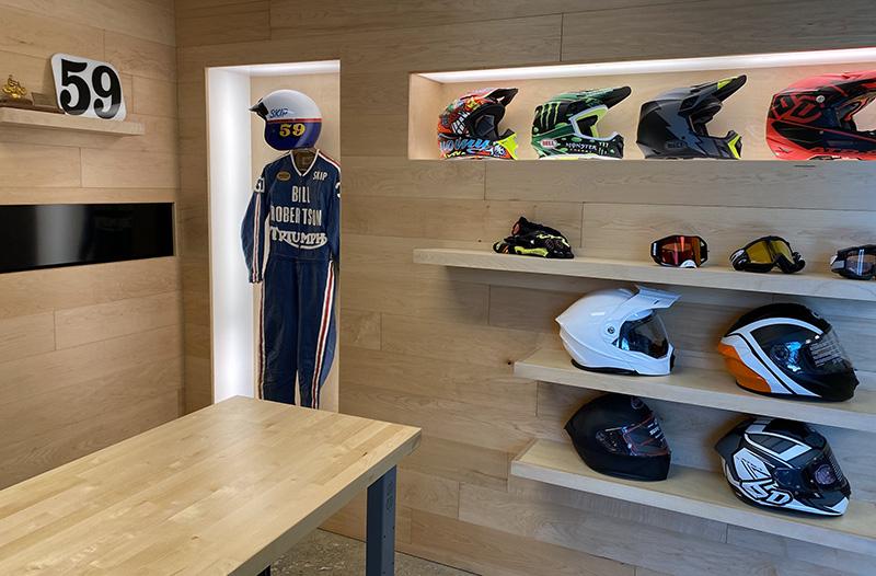 showroom-helmets.jpg