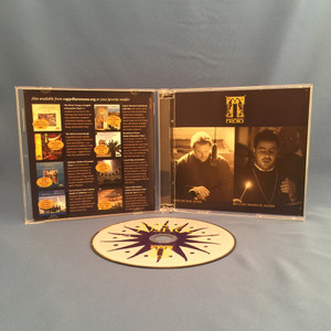 inside view with 1 CD