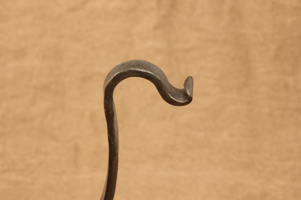 wrought iron wall mounted hanger - hanger detail
