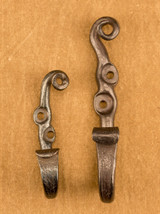 Small and Large Scroll-top Hooks