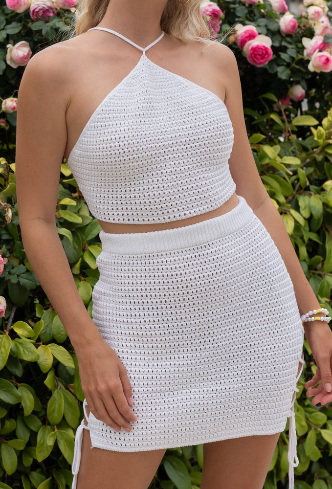 CALIstyle Tuscan Sky Crochet Set In White