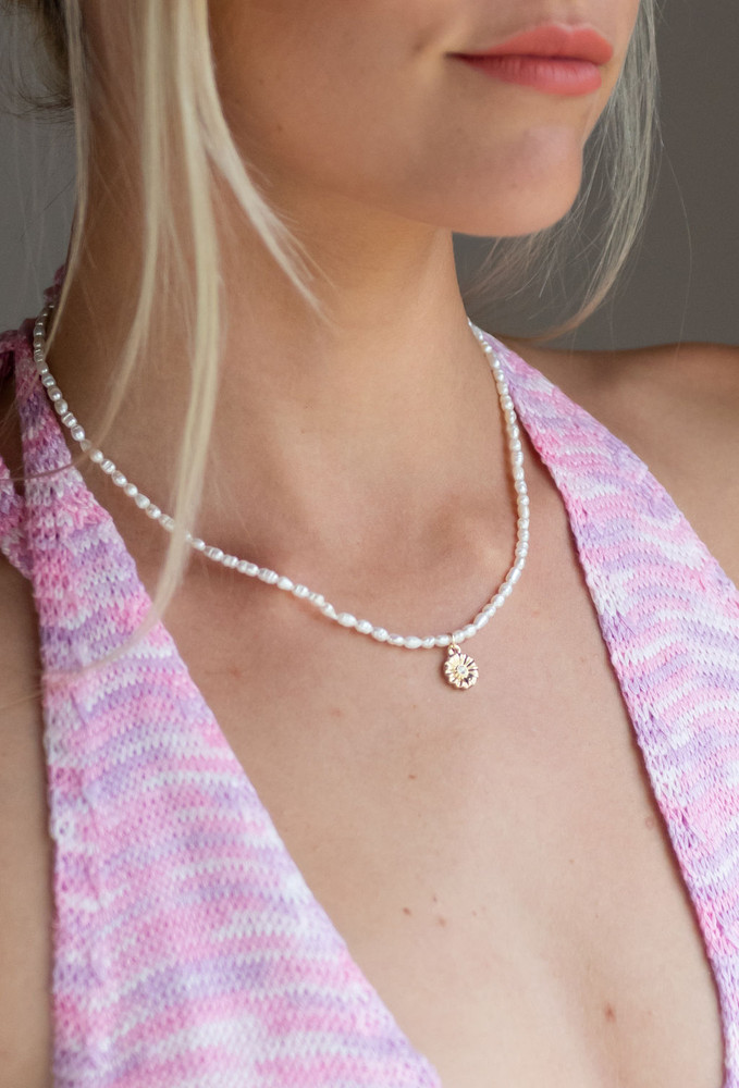 CALIstyle Sweetest Thing Flower/Pearl Necklace