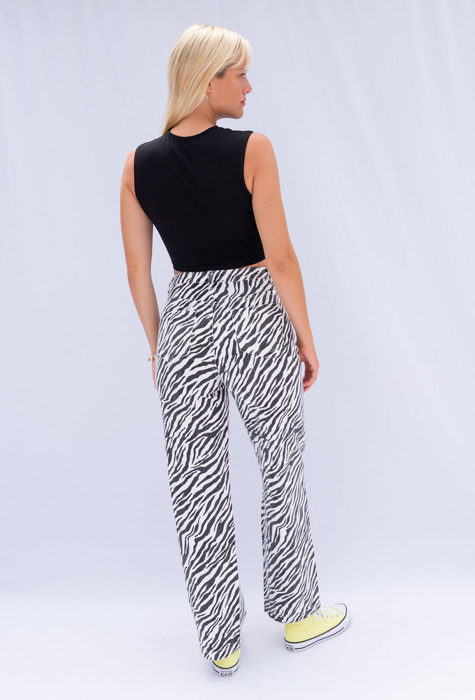 CALIstyle Into The Wild Jeans In Zebra