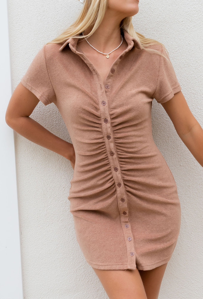 CALIstyle Summer Sun Ruched  Dress In  Terry Brown