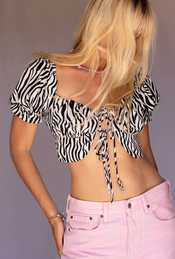 CALIstyle Wild Side Tie Crop Top In Zebra