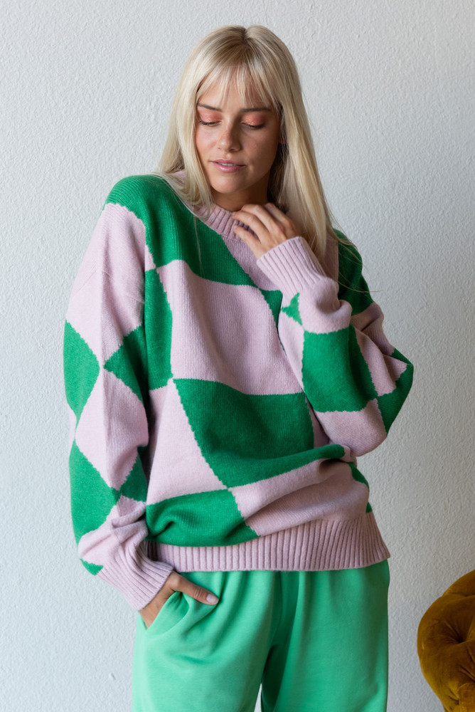 CALIstyle London Calling Oversized Sweater In Pink/Green