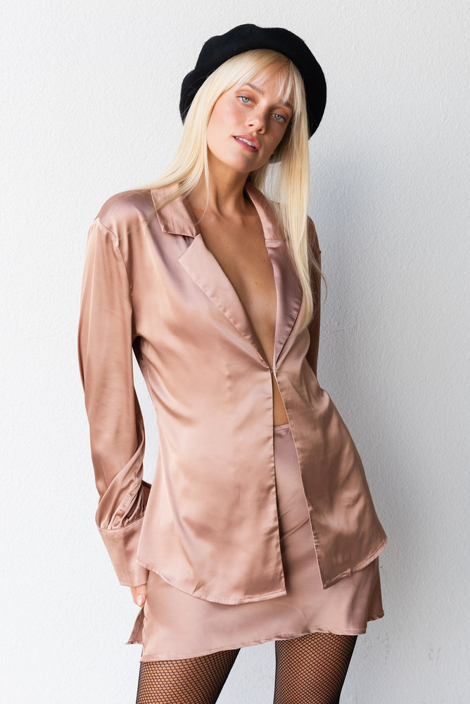 CALIstyle French Girl Satin Blouse/Top In Mocha