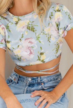 CALIstyle Day Dreaming Crop Top In Blue Floral
