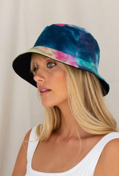 CALIstyle Madison Reversible Tie Dye Bucket Hat In Ocean Blue