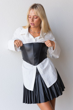 CALIstyle Paris Bound Leather Corset Top In Black