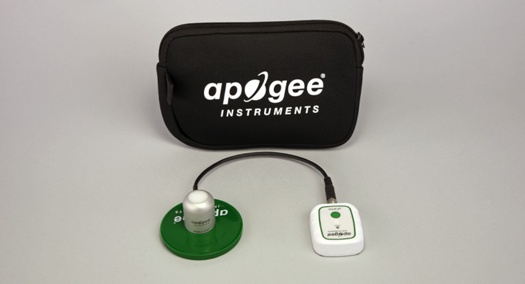 PQ-640 Package: microCache and Quantum Light Pollution Sensor with 30 cm cable