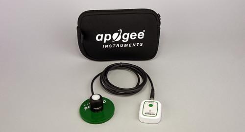 P2-142封装:Microcache和Par-FAR传感器,带2米电缆