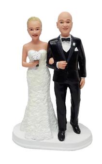 Cute & Cozy Wedding Cake Topper