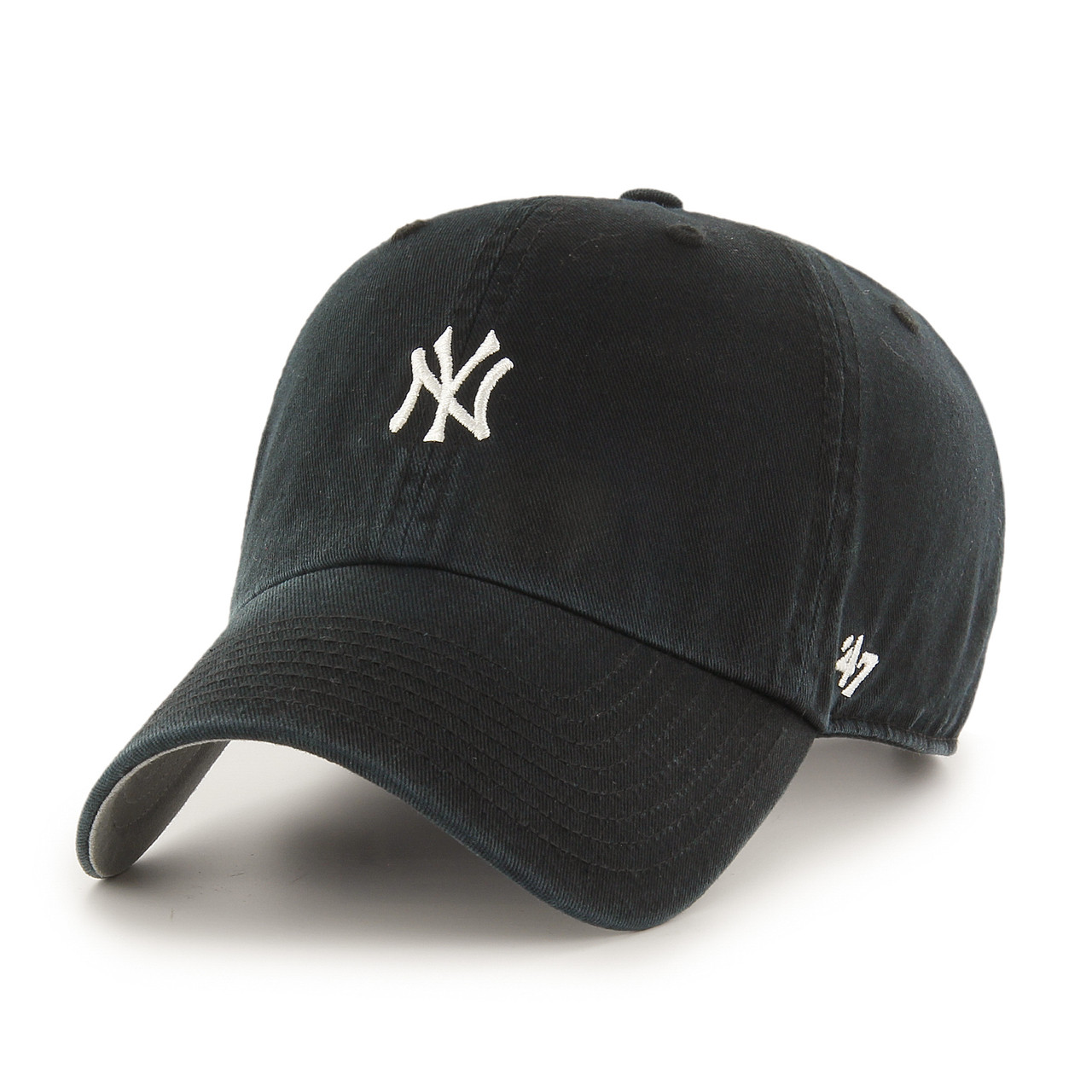 084ada06a81 New York Yankees Clean up Navy Small Logo 47Brand MLB Strapback Hat. 47Brand