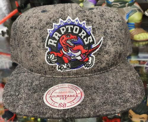 Toronto Raptors Deadstock Fit Flat Brim Mitchell & Ness Grey Snapback Hat