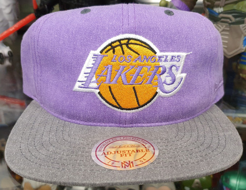 Los Angeles Lakers Deadstock Fit Flat Brim Mitchell & Ness 2-Tone Snapback Hat