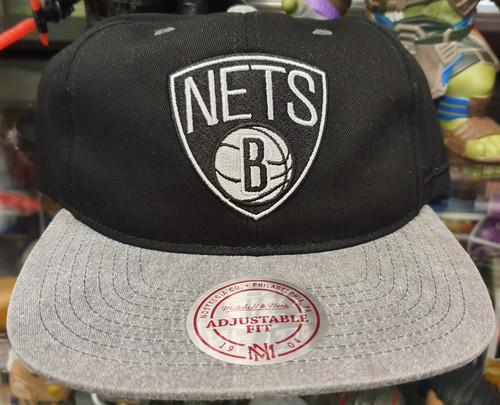 Brooklyn Nets Deadstock Fit Flat Brim Mitchell & Ness 2-Tone Snapback Hat