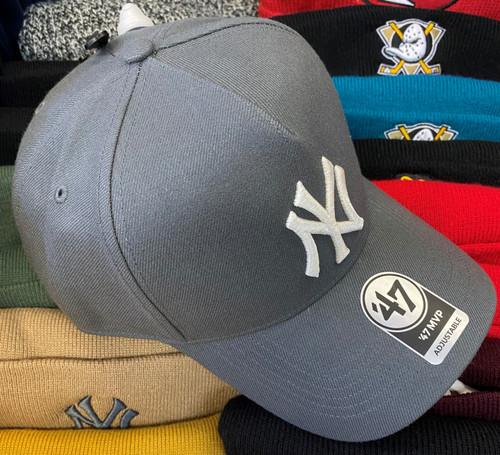 New York Yankees 47Brand Grey MVP DT Logo Snapback Hat