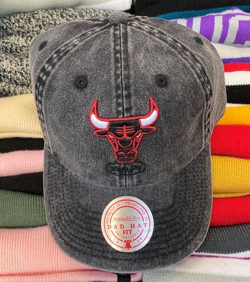 Chicago Bulls Black Stonewash Strapback Dad Hat