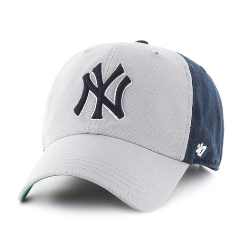 ab2f65d88fe New York Yankees Clean up Navy Small Logo 47Brand MLB Strapback Hat