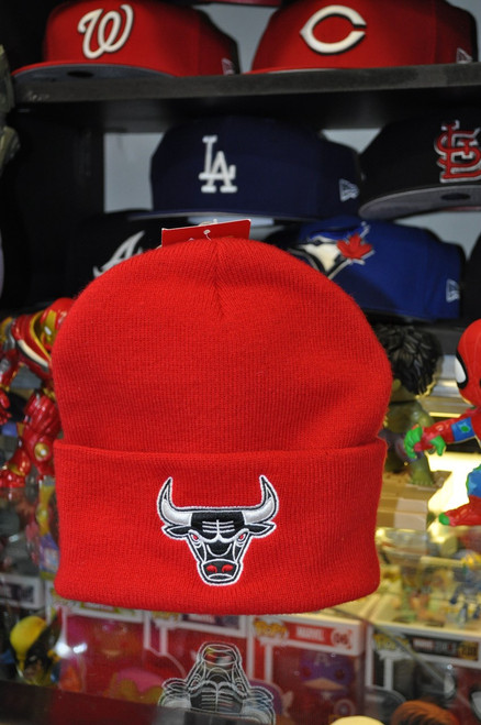 Chicago Bulls Logo Mitchell & Ness Red Beanie Hat