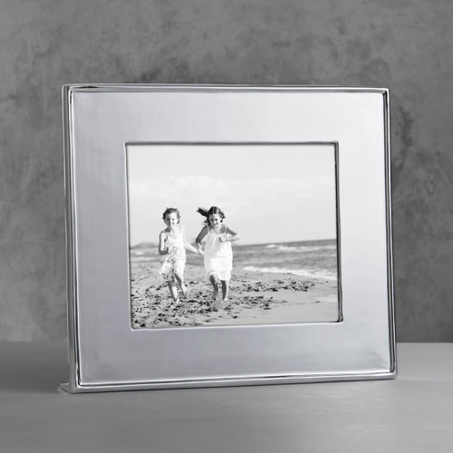 Beatriz Ball Jason Frame 8 x 10 (Engravable)